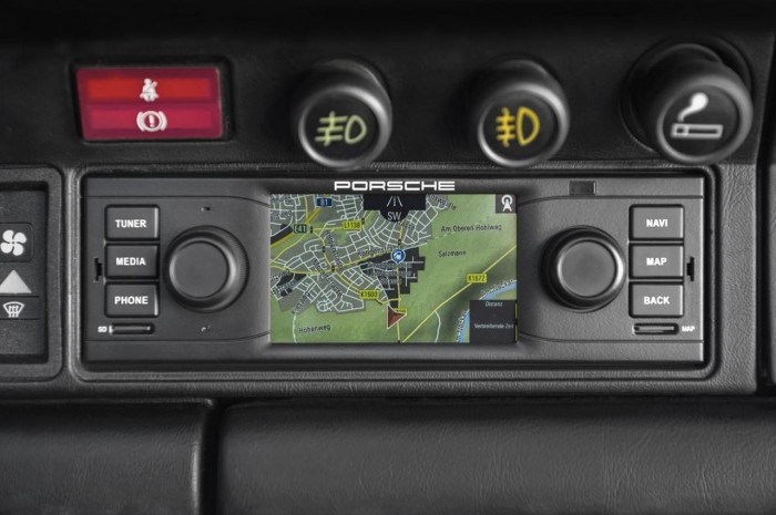 navigation-system-in-your-classic-911